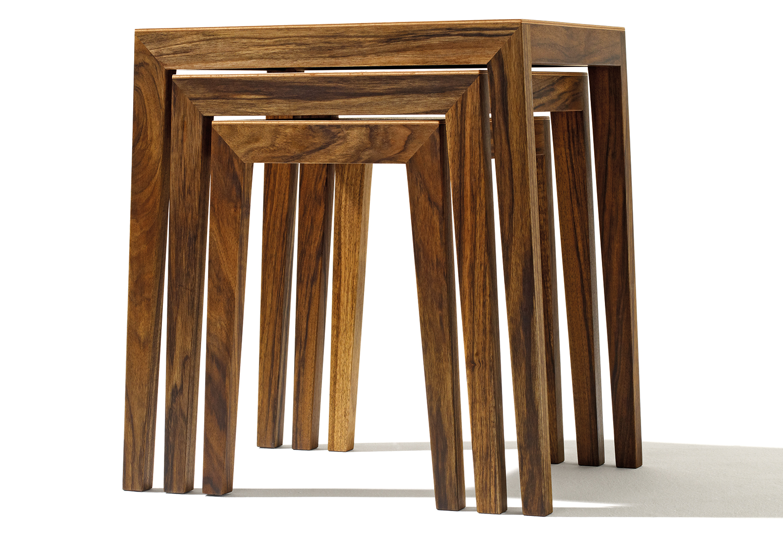 THEO nest of tables