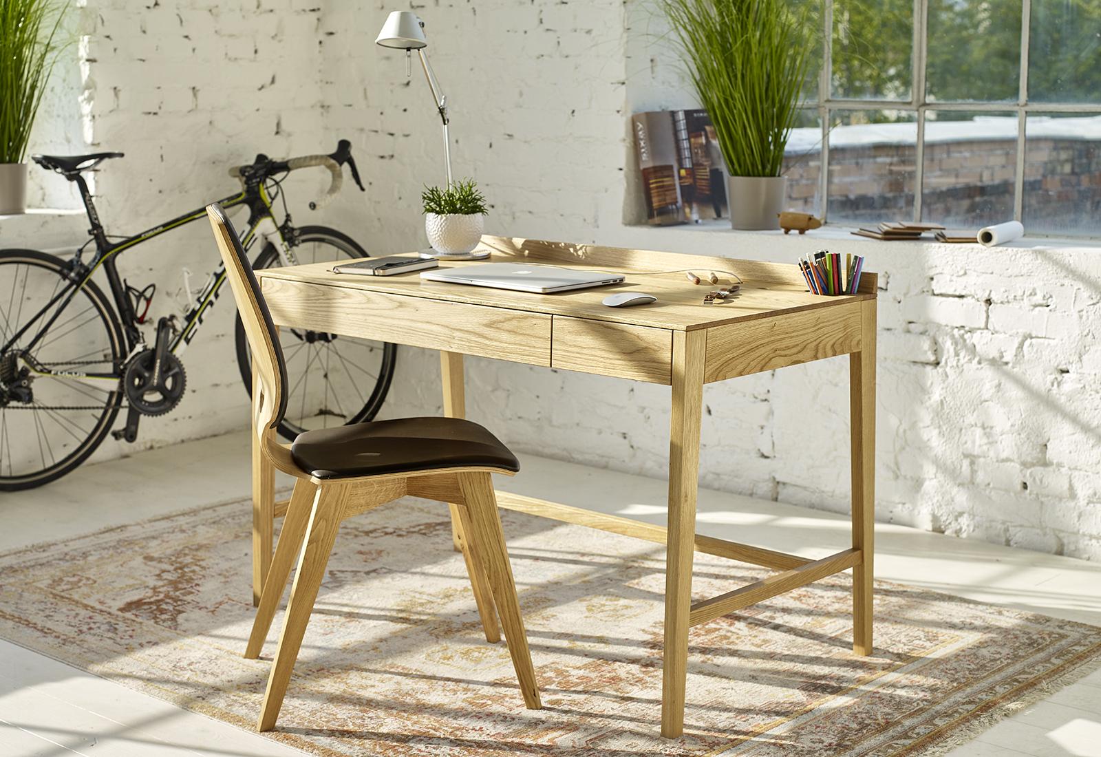 THEO medium desk
