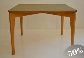 SIXkid table linoleum